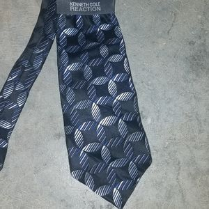 New Kenneth Cole blue print tie